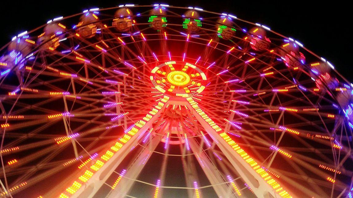 Lunapark Turkey Izmir Ferris Wheels in izmir fun fair 2