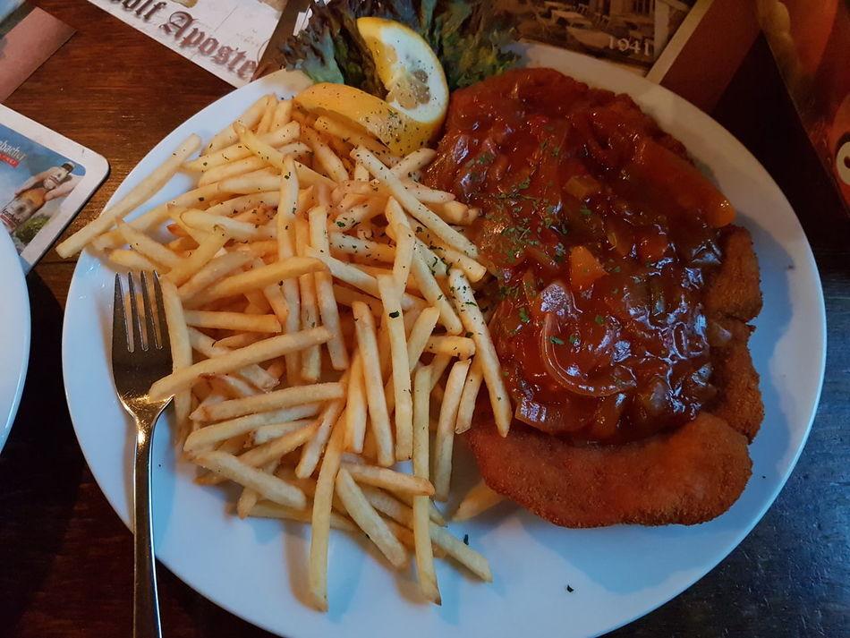 Schnitzel Fries German Food German Restaurant