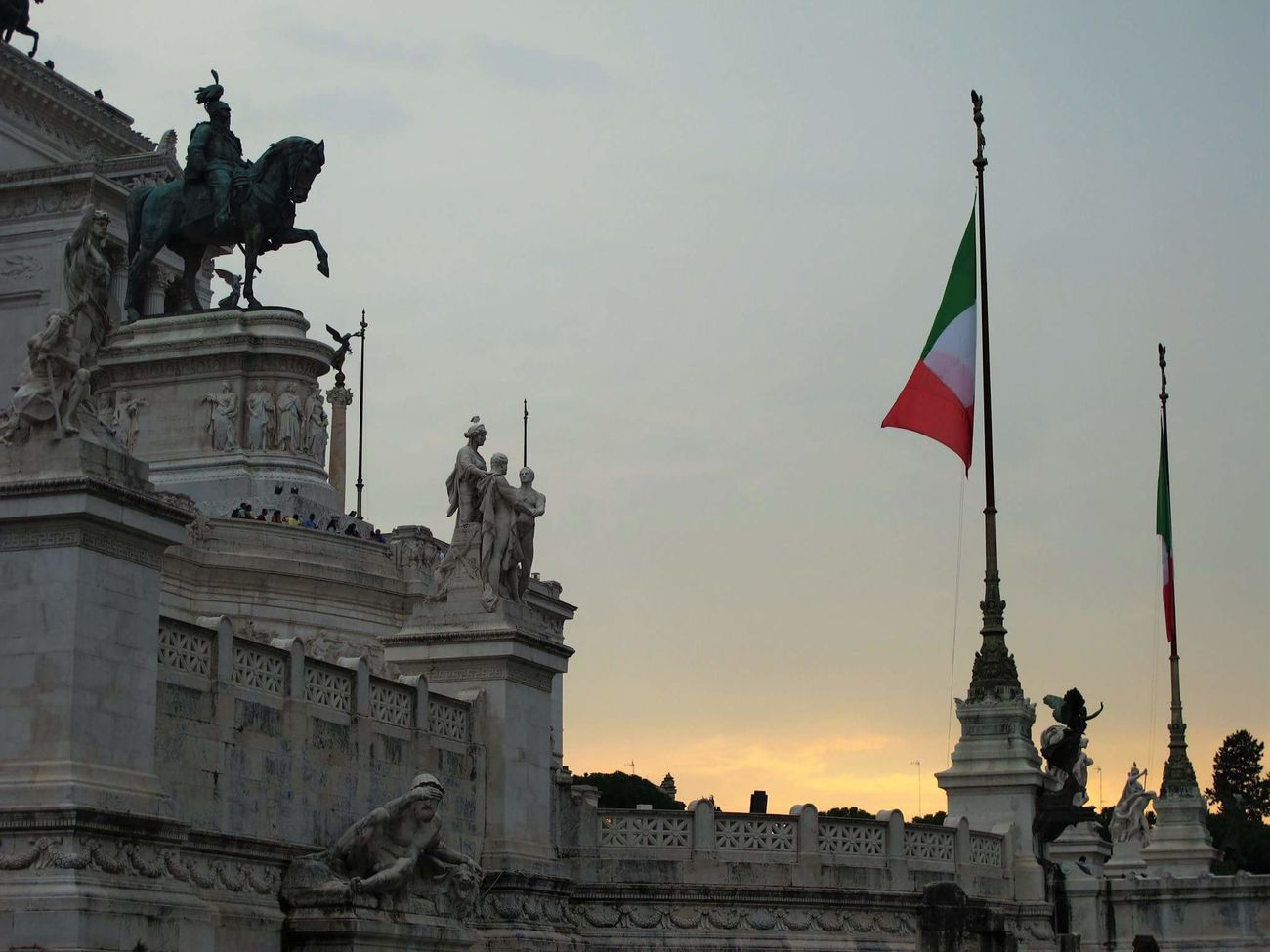 Flag Patriotism City Statue Travel Travel Destinations Government No People Politics And Government Altare Altaredellapatria Altare Della Patria Altare_della_patria Vittoriano Details Architecture_collection Architecture Detail City Detailphotography Romesweethome Rome_bigcity Rome Through My Eyes Sculpture Outdoors Architecture Rome