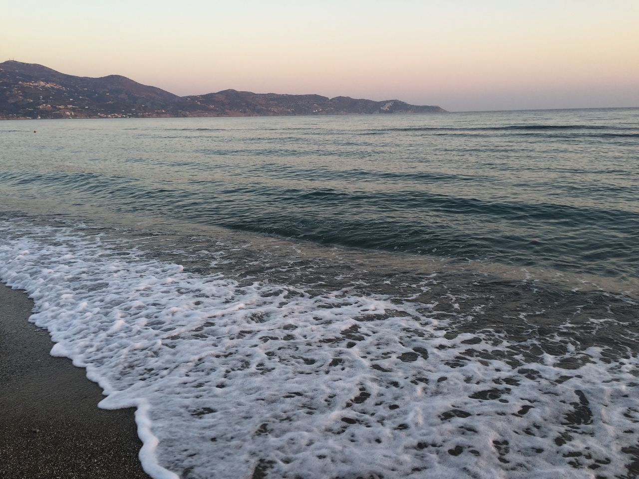 Beautiful stock photos of sunrise,  Beach,  Beauty In Nature,  Calm,  Clear Sky