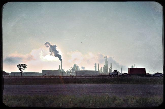 Along Interstate 55, Illinois. My Commute Photojournalism Shootermag_usa IPhoneography Eye4photography  Hipstamatic EyeEm Best Shots Documentary Reportage Photooftheday Illinois