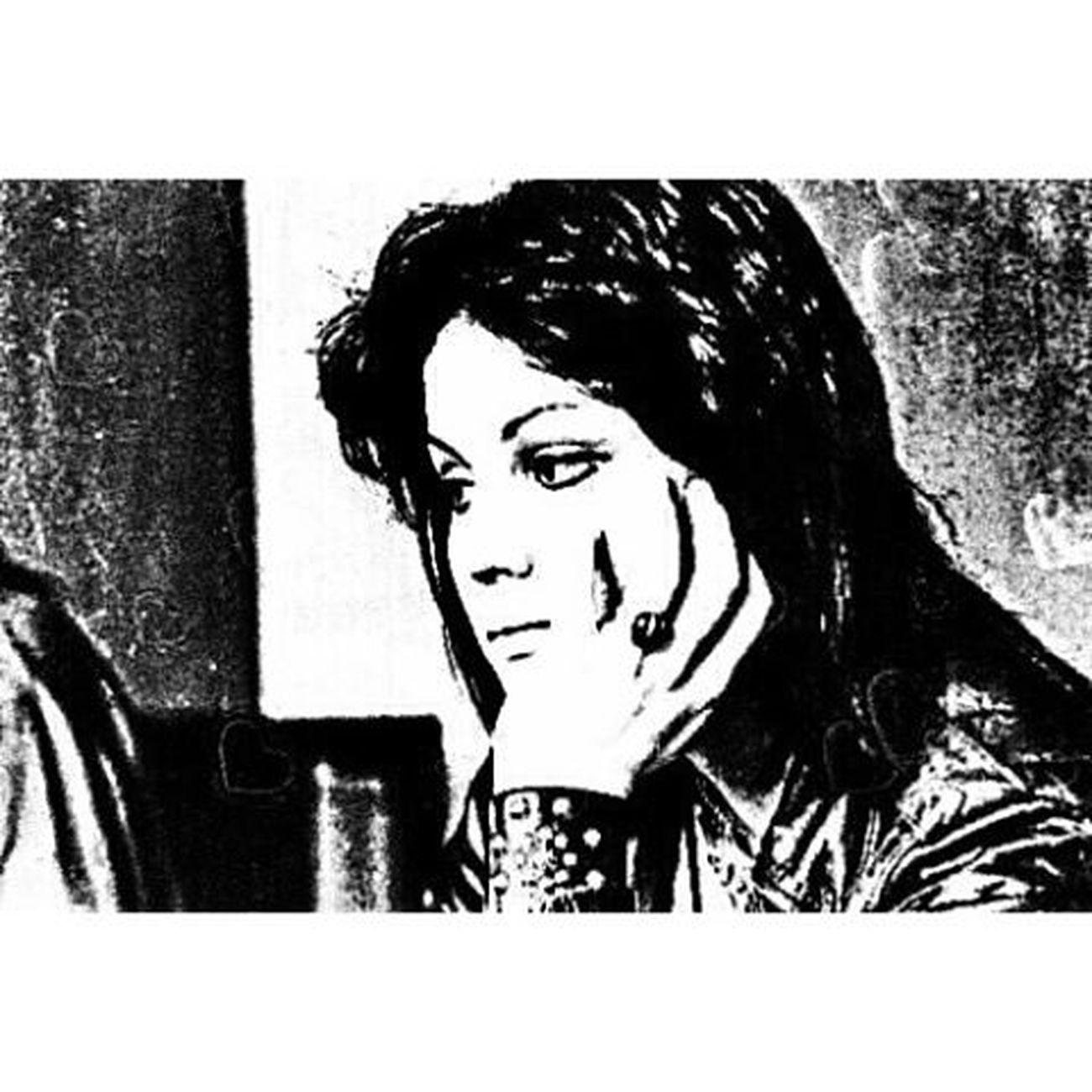 """""""Joan"""" ...still cool at 57 ☮ Joan Joanjett Joanjettandtheblackhearts ILoveRockNRoll crimsonandclover ihatemyselfforlovingyou loveispain therunaways cherrybomb badreputation toobadonyourbirthday theartofanimage"""