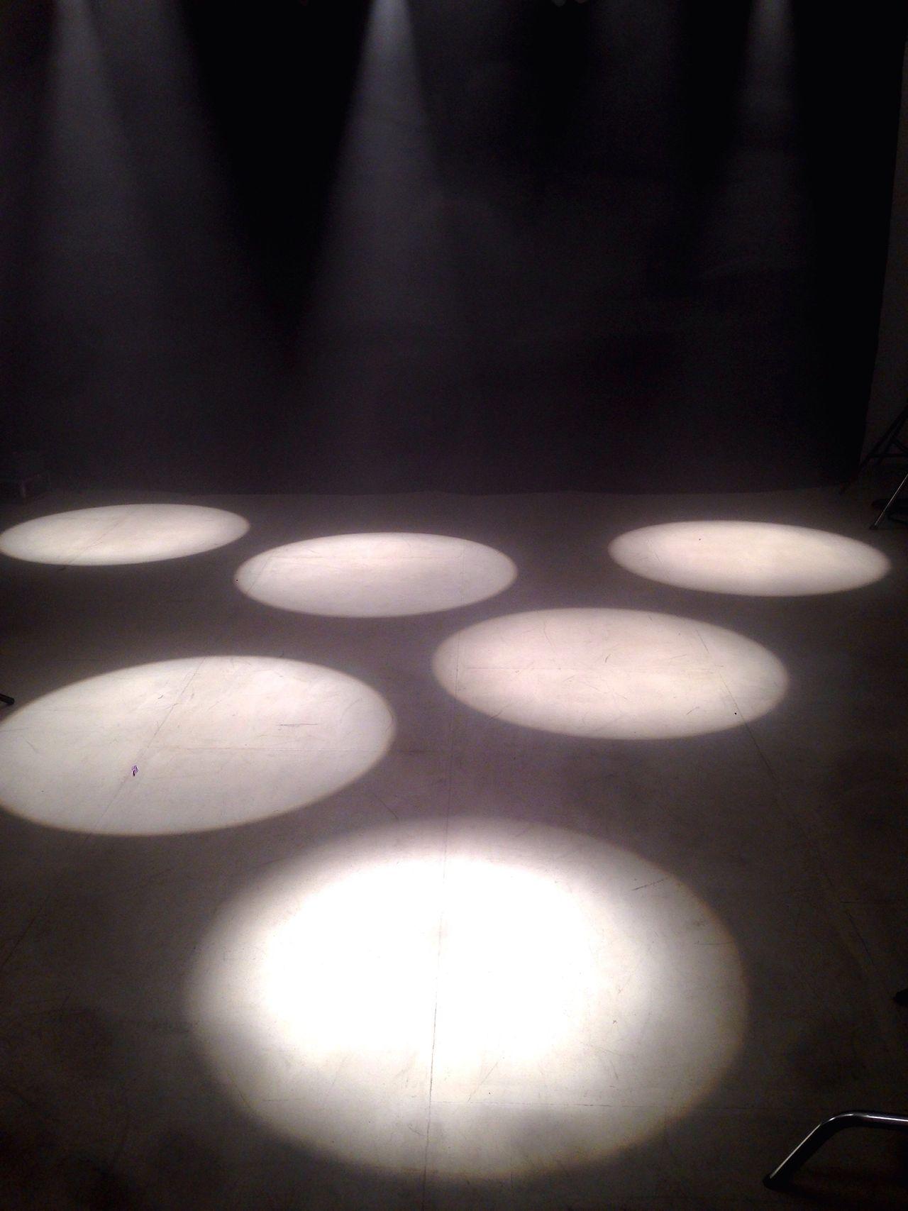 Spotlight Light And Shadow Blackandwhite Circle Illuminated No People Indoors  Electricity  Dark Headlight Spots Light