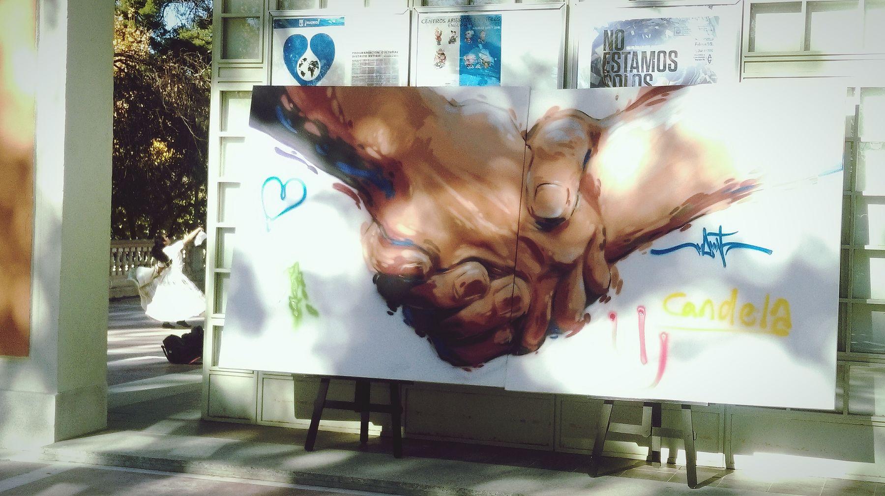 Taking Photos Urban Graffitis Enjoying Life