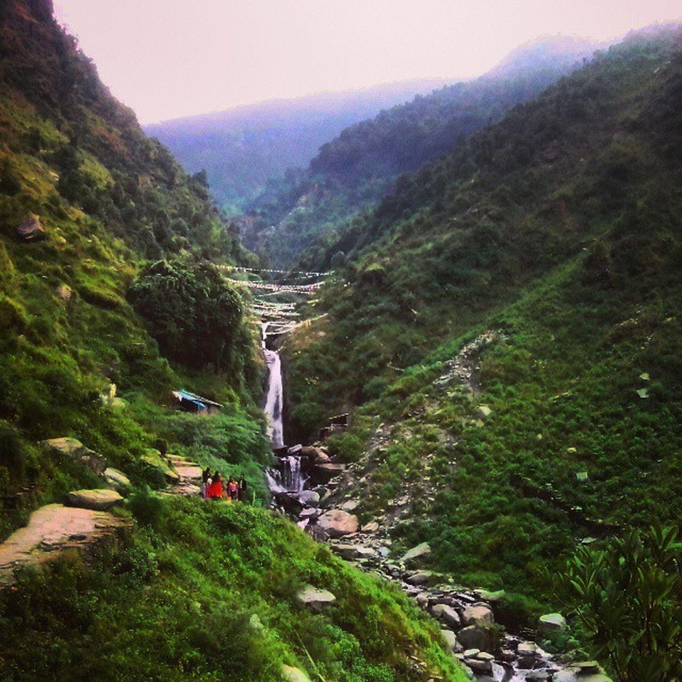 Bhagsunag Waterfall Amazing View nature beauty paradise landscape mcleodganj dharmshala himachal incredibleindia colourofindia instaindia