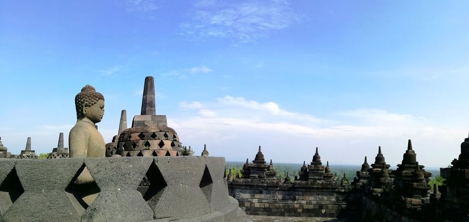 Candi Borobudur, Yogyakarta, Indonesia Architecture Business Finance And Industry Travel Destinations History Old Ruin Cloud - Sky Cityscape Sky Built Structure Outdoors Building Exterior Urban Skyline Ancient Civilization No People Day City borobudur