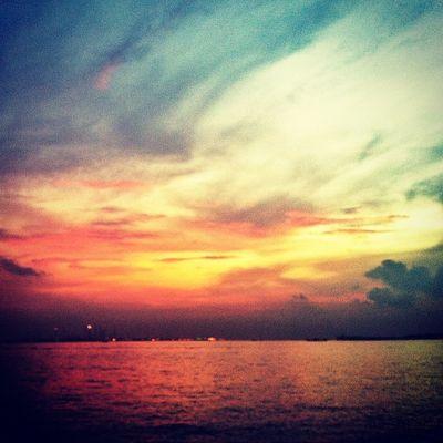 Sunset @ Siloso Beach, Sentosa Photography Sgig Sg Instasg Igsg IPhoneography Iphoneonly Singapore Instagram Bliss Sunset Sentosa Siloso Beach