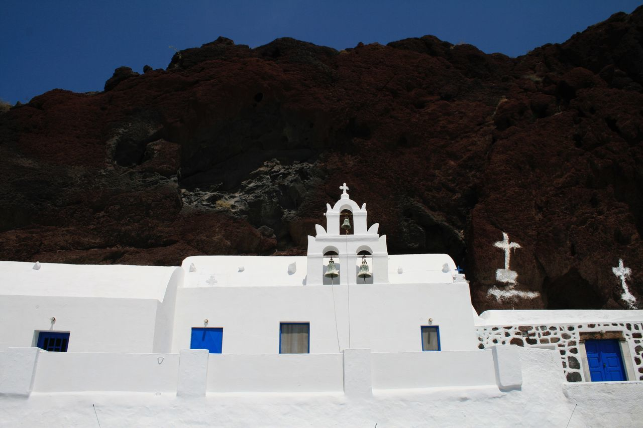 Churches at Santorini 🇬🇷 01 Architecture White Color Built Structure Whitewashed Building Exterior No People Religion Place Of Worship Outdoors Nature Dome Scenics Tree Sky Day Santorini, Greece Churches Greece Vacations Canonphotography Canon400d