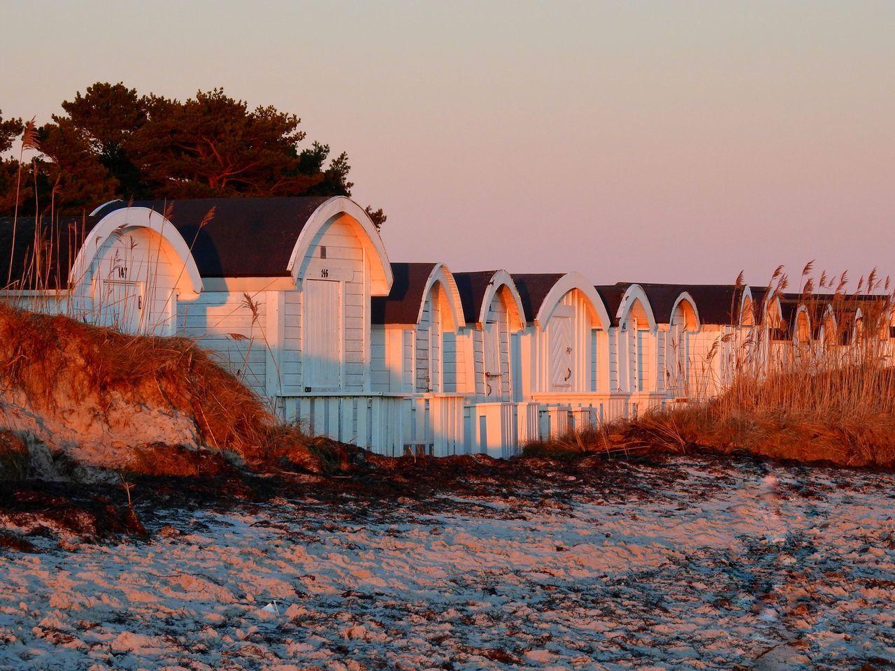 Architecture Beachphotography Outdoors Clear Sky Beachhuts Beach Sanddunes Reeds Light