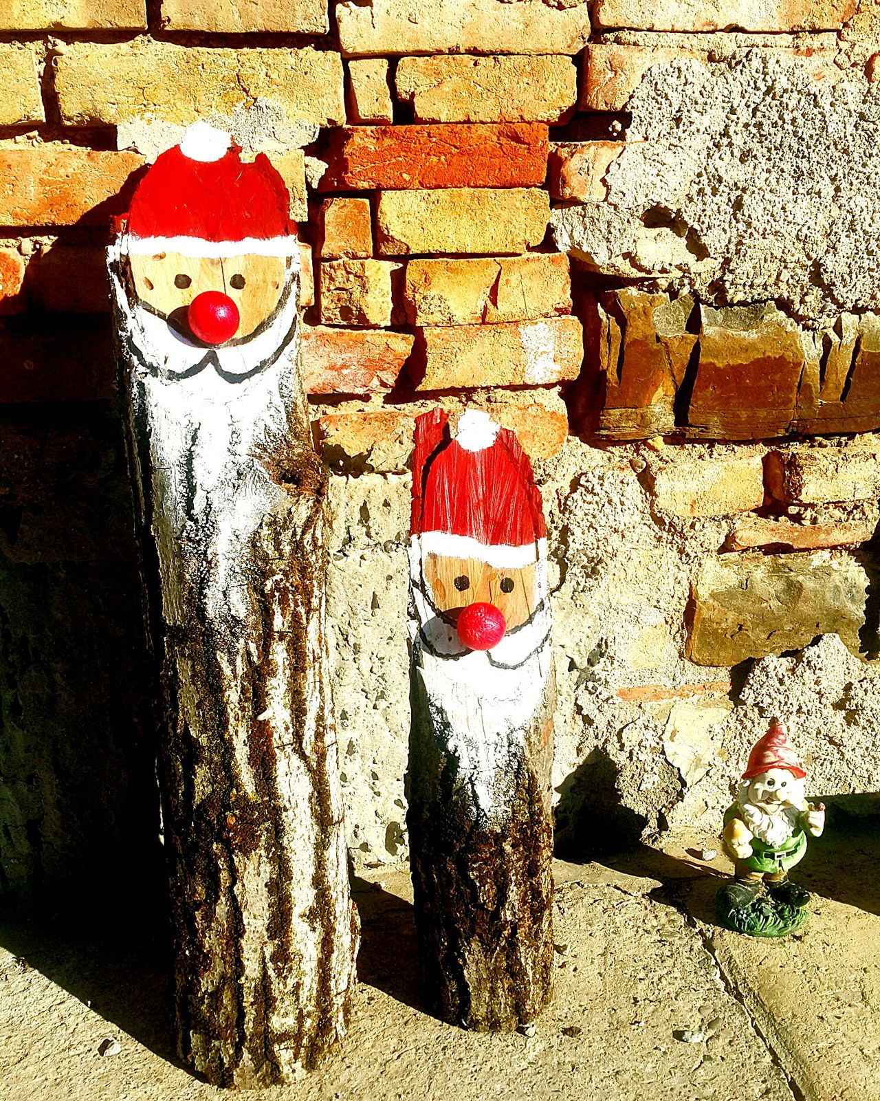 Outdoors Elf Christmastime Wood Color
