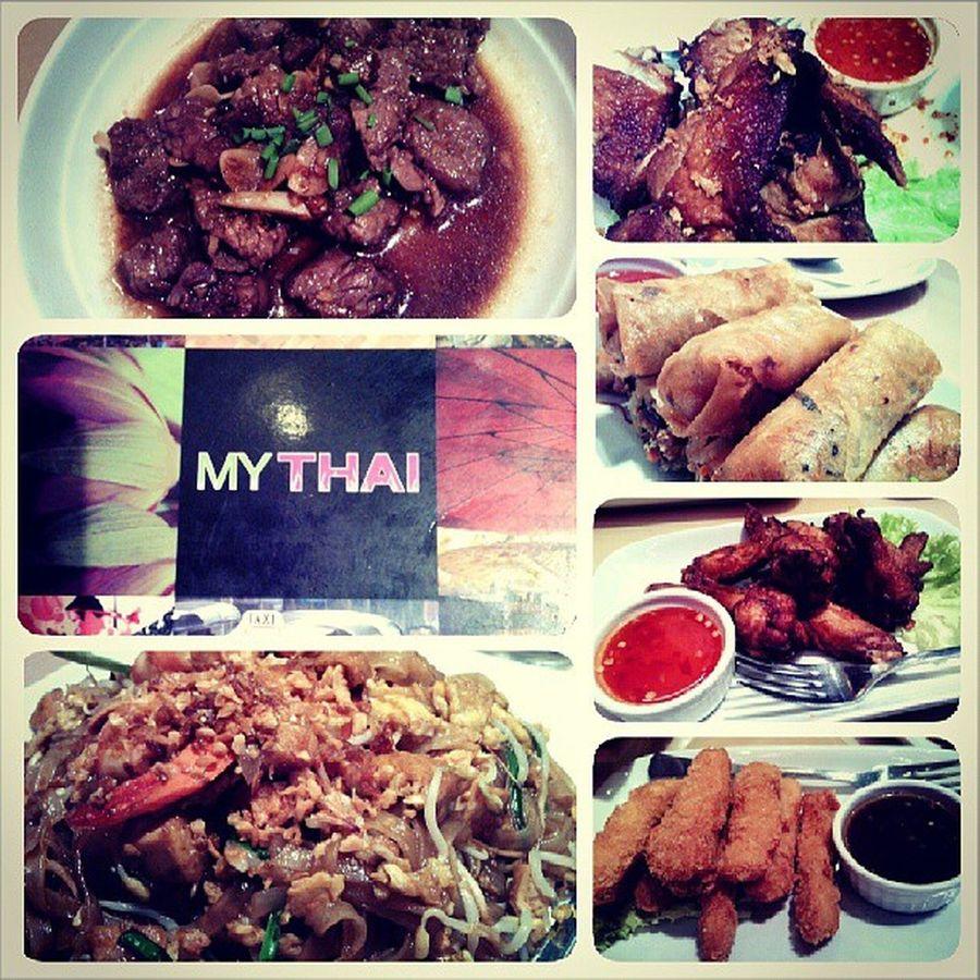Dinner with le familia :) <3 Mythai Mythaiph Asian  Thai yum dinner foodstagram instafood foodspotting