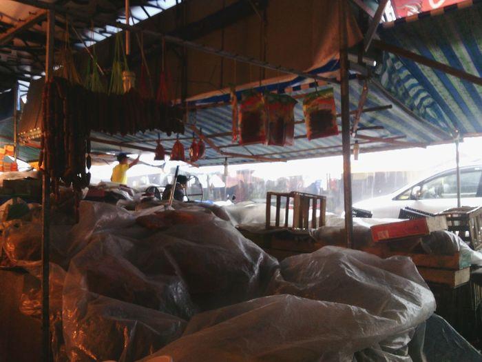 Relaxing Taking Photos Enjoying Life Photo Around You Bac Lieu Prince 's House rainy day in bạc liêu 's market :)))