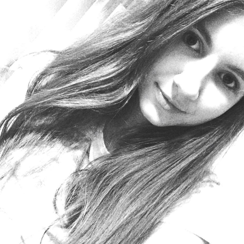 Selfie ✌ Model Younggirl большефото черно-белое