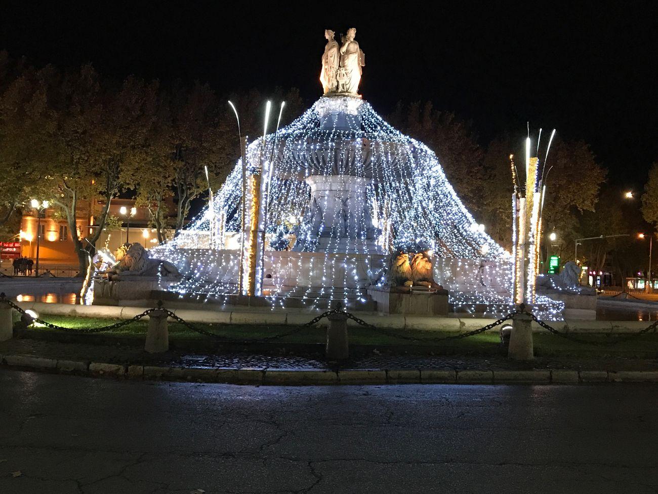 Aix-en-Provence soius le vent bientôt Les Fêtes