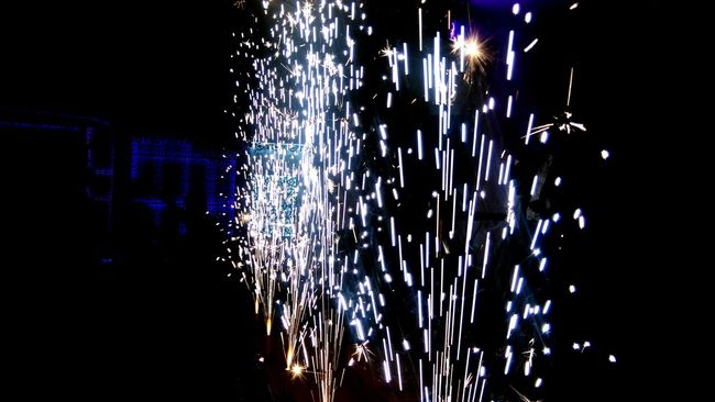 Check This Out Lights Sparks Mobile Photography Htc One M8s