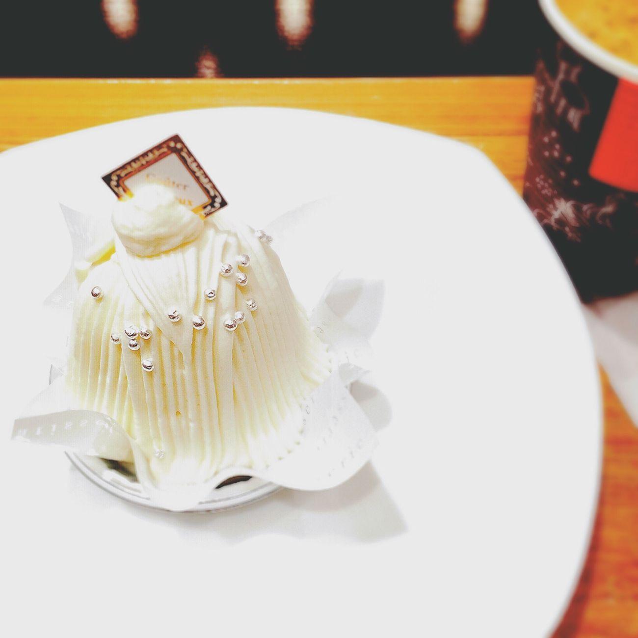 いつかの白いモンブラン。モンブランは、大好きよ●´ᆺ`●♡ モンブラン Mont Blanc ケーキ Cake