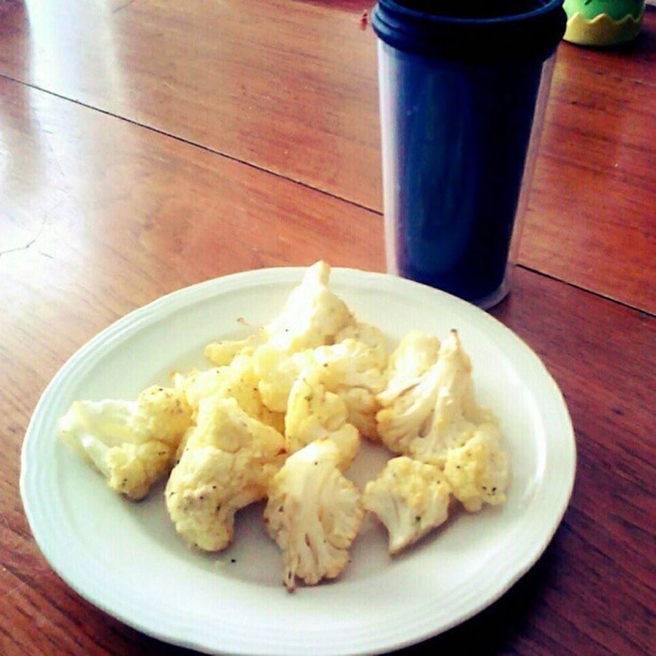 I went swimming at the gym earlier. I'm having a light #postworkout #lunch of #roasted #cauliflower and #greentea. I'm still sorta full from breakfast. Postworkout Healthyfood Yummy Ilovecooking Tea Lowfat Lunch Lowcalorie Foodie Eatright Vegetables Lowcal Fitness Nylonsnack Foodporn Fitsperation Veggies Eatingright Cauliflower Eatingclean Greentea Lowcarb Foodstagram Roasted Fitspo