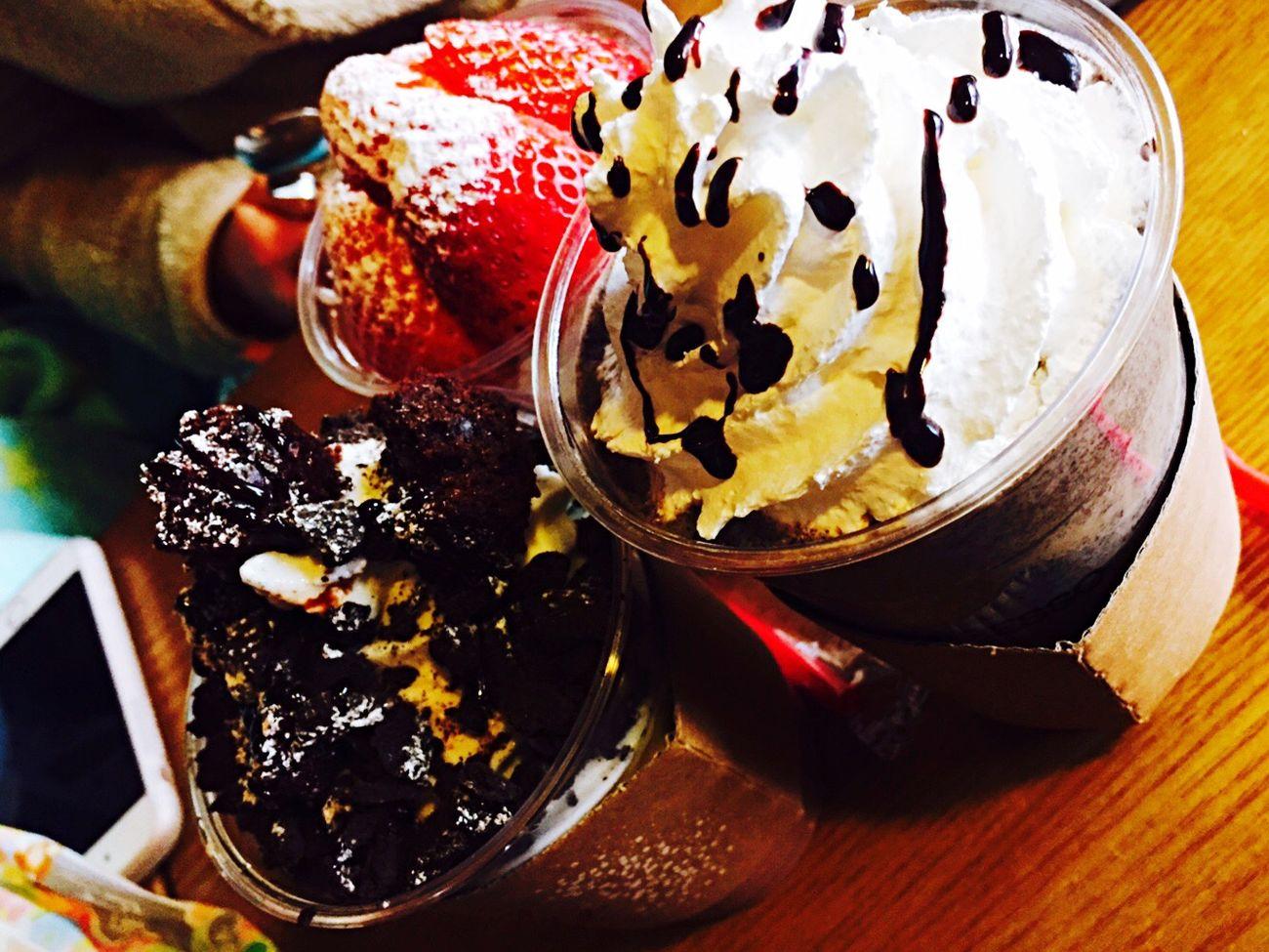 South Korea Friends Caffè Yogerpresso Chcolate Strawberry Cookie Cream Delicious ♡