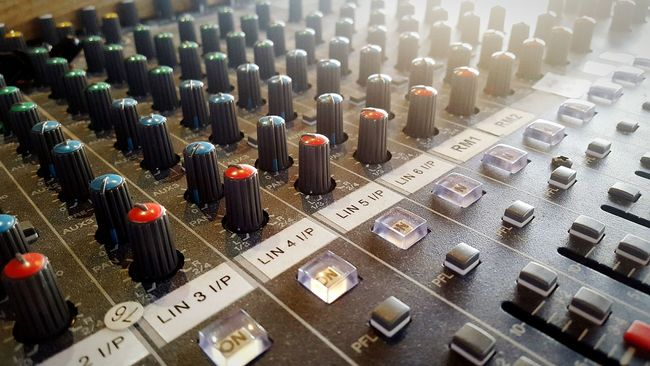 Equipment Audiophile Audio Desk Knobs Audio Mixer Audio Equipment Colours Mixing Sound Numbers Red Blue Dials Number Buttons Soundsystem Soundcheck Wales Cymru