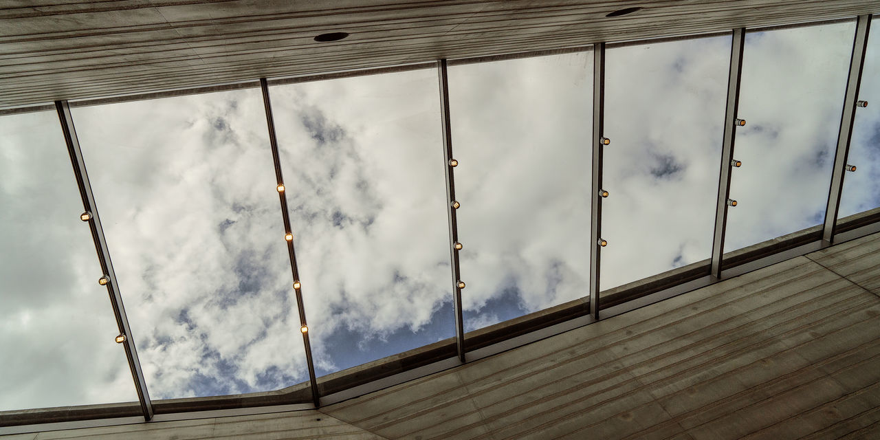 Architecture Built Structure Cloud - Sky Lascaux Roof Sky