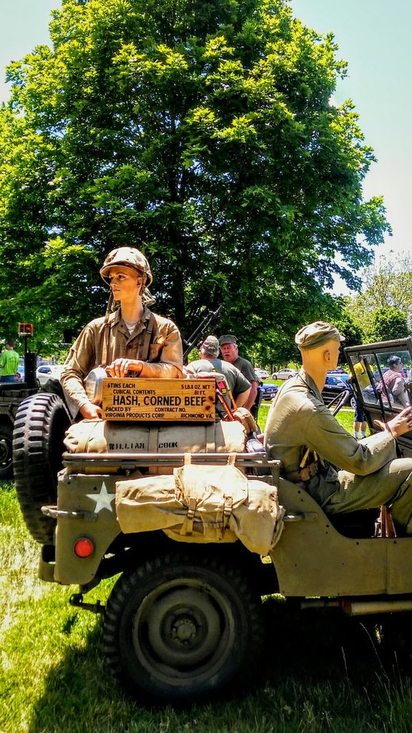 Day Outdoors Adult Dummies Memorial Day2017 EyeEm Gallery Irwin Collection Jeeps BYOPaper! Irwin Collection Lifestyles World War 1 Memorial Story Photography Sunny Day Memorial Day City Sky Patriotism War I Live For The Story