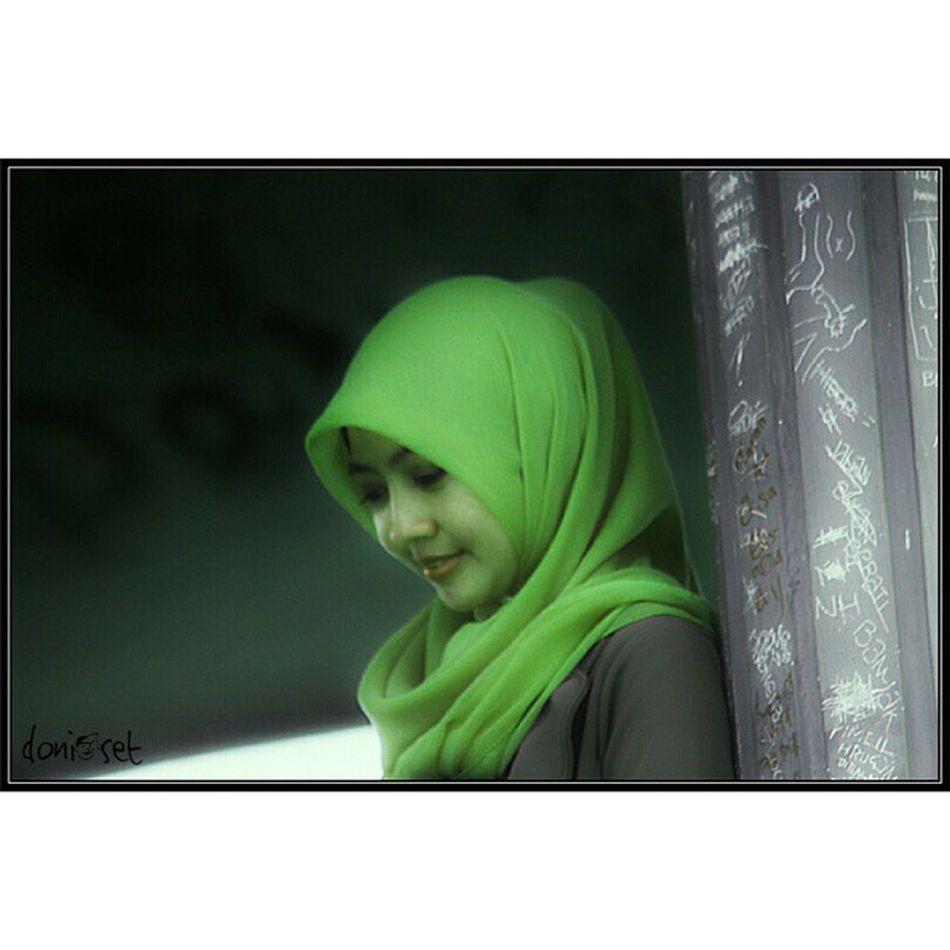 Hijab bripark Hijab Jilbab Wanita Gadis Bankbri Bri  BankRakyatIndonesia Monumen Meteor Wonotirto