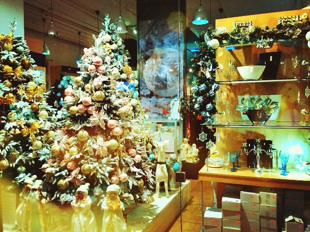 Hallo World Taking Photos Shopping Time Christmas Tree Today Was A Good Day Waiting For Christmas Christmas Mood Soon The New Year Belarus Minsk