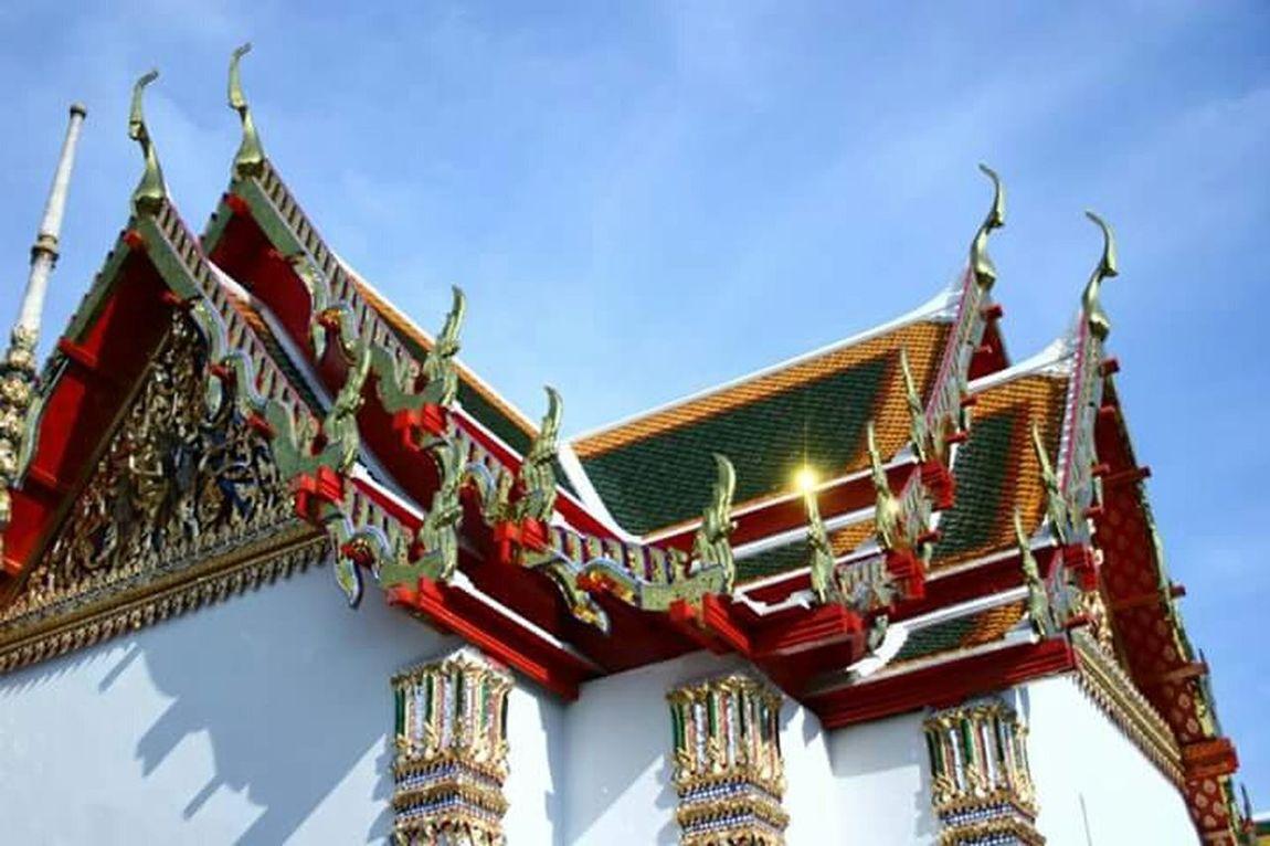 Temple Taking Photos Aroundtheworld Shine Shine Bright Like A Diamond  ExploreEverything Check This Out Man Made Sacred Places