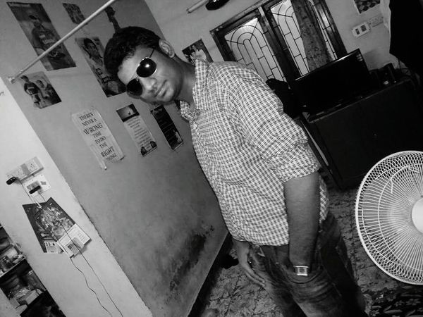 Indoors  Tilt Person Day Tall People Photography Blackandwhite Photography Blackandwhite Portrait Style And Fashion Styleoftheday Stylecartel Styler ✌ Jeans Pocket JeansWear Jeanslover Cooles Specs *.* Coolest Pic I Have Taken In An Age