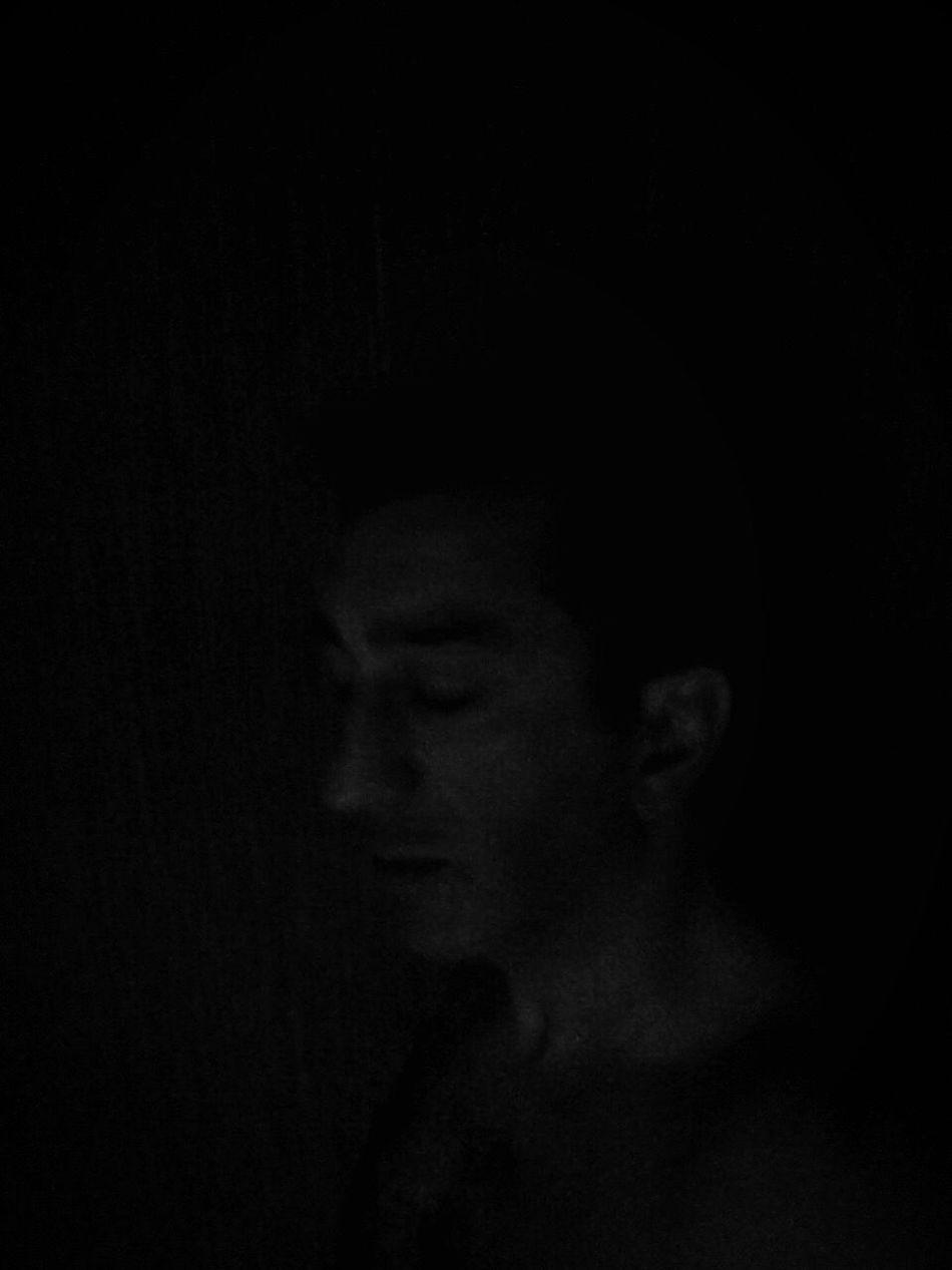 """Je perdure dans le temps je me sens Sphinx"" 🎶🎶🎶 Black Background Narcism Personal Project Poetry In Pictures Self Portrait Me Myself & I Dark Portrait Egotrip EyeEm Bnw Bnw_collection Bnwportrait"