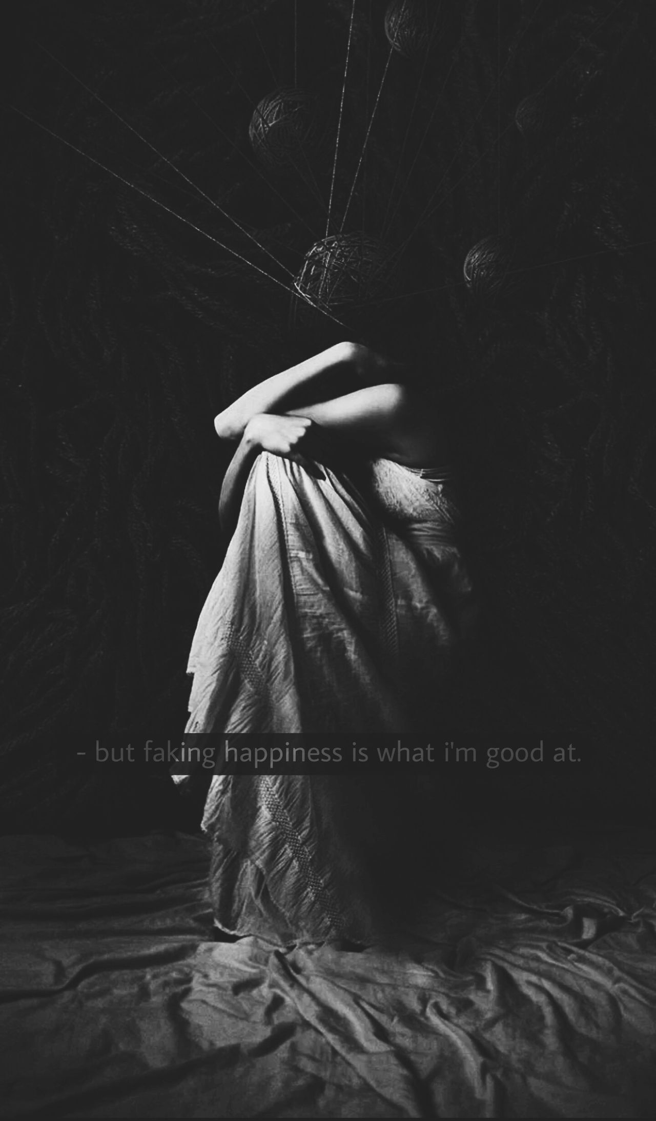 ig GORGEOUS.CHUCK Darkpath B&w Darkthoughts Brokensoul Blackandwhite Lonelymountain Lost Loneliness Feelinglost Memories Lostplaces Black Sadpoetry Darkness And Light