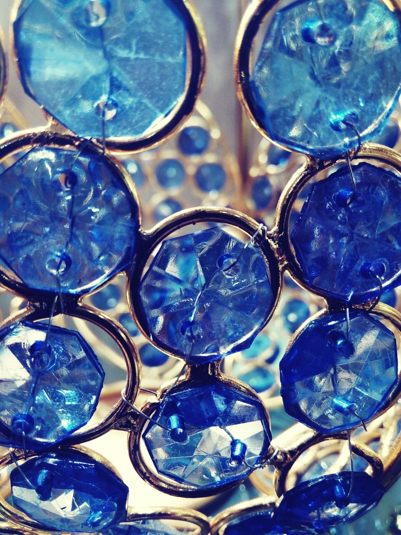 Full Frame Backgrounds Close-up Pattern No People Indoors  Day From My Point Of View EyeEmBestPics Glass Art Glass Objects  Showpiece Gift Shop Pattern, Texture, Shape And Form Bubbles ♥ Artistic Photo Artistic Photography Best Of EyeEm Simple Photography SimpleyetBeautiful Art Photography EyeEm Gallery Beauty In Ordinary Things Close Up Art Is Everywhere