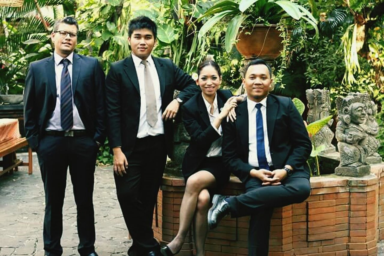 Hoteliers Professional Professionalphotography Suits  Colleagues Happy & Cheerful