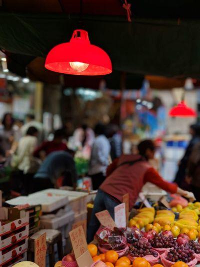 Only Women Apple - Fruit Market Market Stall Healthy Eating EyeEm HongKong EyeEm World Club Photo 🌎📷 Landscape People Travel Destinations Vacations Worldwide_shot Photo Eyeemworld Colse Up Shot Cityscape City Life Lifestyles