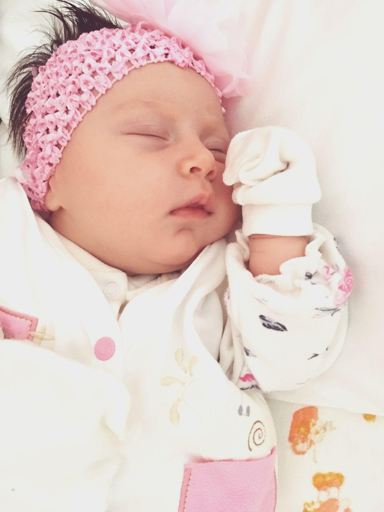 Süslü ve Uykulu Baby Bebek