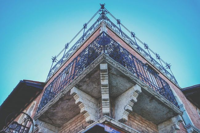 Lookingup in Venice The Architect - 2015 EyeEm Awards Taking Photos Streetphotography Eye4photography  Amazing Architecture My Smartphone Life