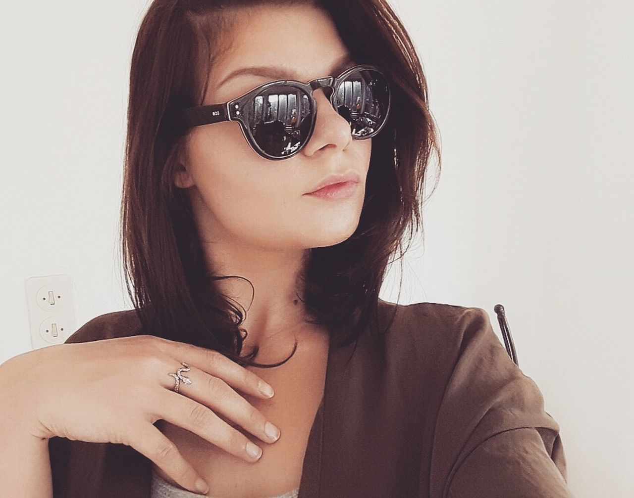 Komono Sunglasses Green&brown Green Brown New Gift Happyme Loveit Today's Hot Look Young Adult Headshot Taking Photos Selfıe Feeling Good Attitude Brunette Feeling Happy Posing Hungariangirl BelgianGirl Lovely