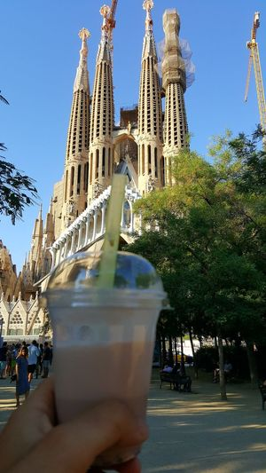 Barcelona, Spain Barcelona Chocolate Strawberry Milkshake Daylight Warm Light Men Sagrada Sagrada Familia All Around The World SPAIN Travel On The Way Traveling Structure Building Fingers Urban Showcase July
