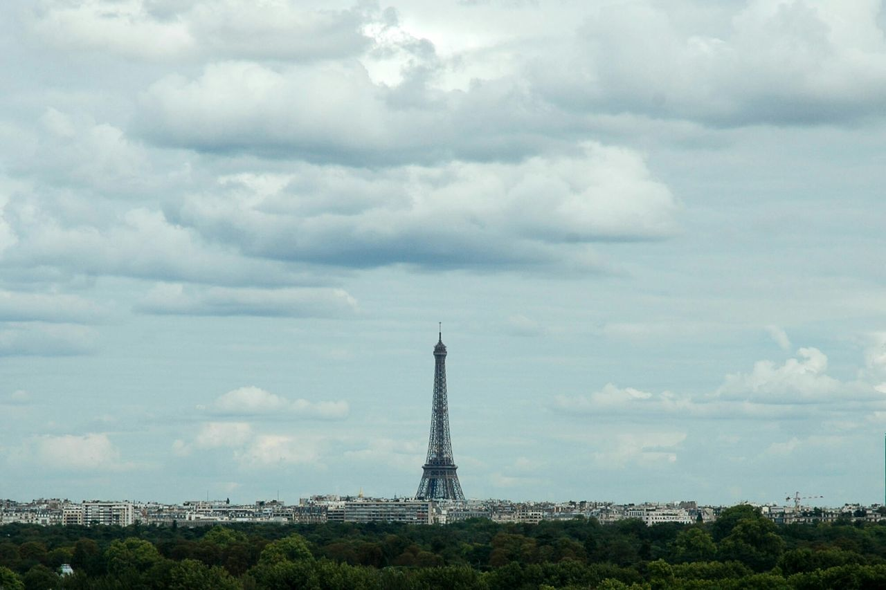 Beautiful stock photos of eiffel tower, Architecture, Building Exterior, Capital Cities, City