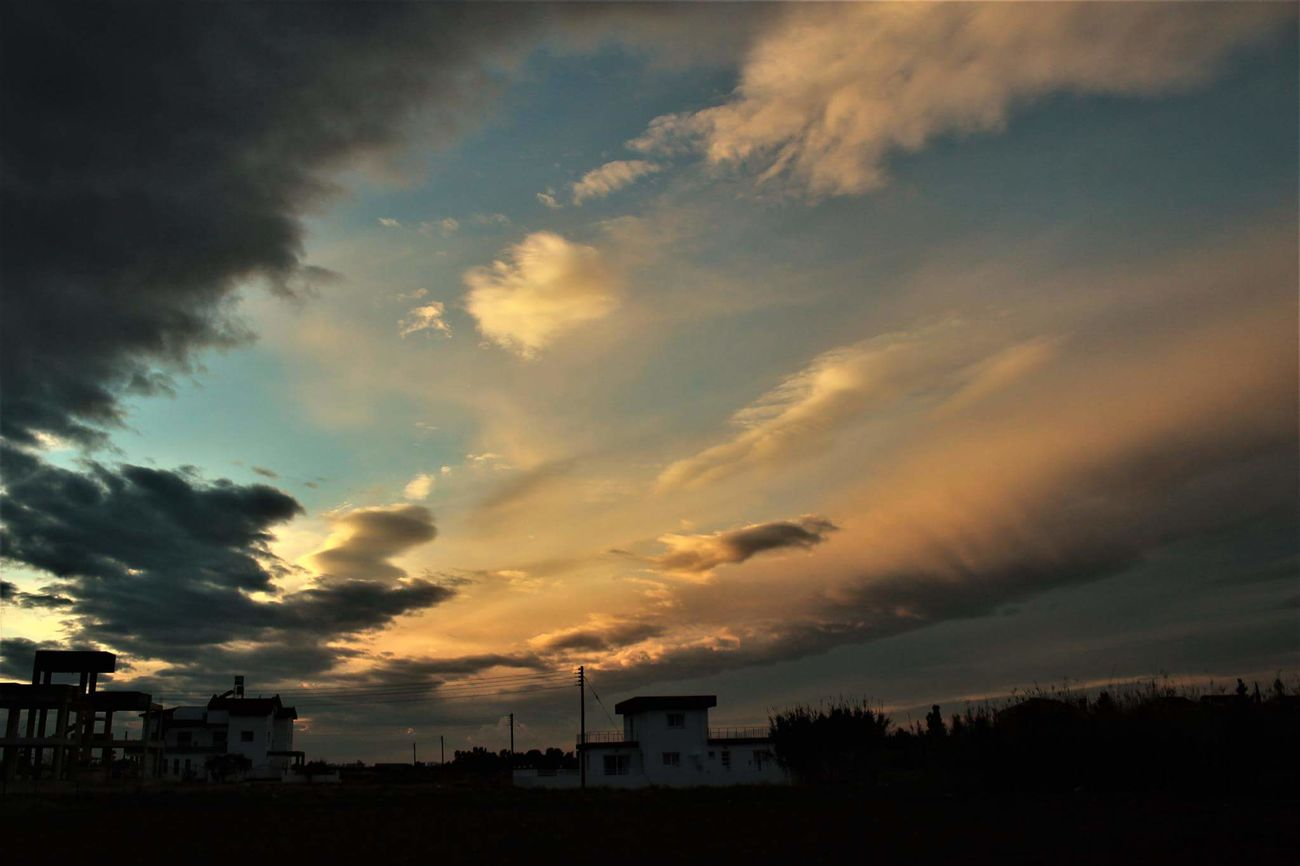 Cloud - Sky Sky Sunset Silhouette Dusk No People Low Angle View Outdoors Nature Day Photography Close-up Beauty In Nature