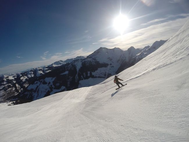 Snow Snowcapped Mountain Snowboarding Snowboard Snowboard Moments Gopro Piste Alpen Alps Austria Tirol  Tyrol Österreich Skipiste Skiurlaub Sun Mountain Range Mountain View Mountains And Sky