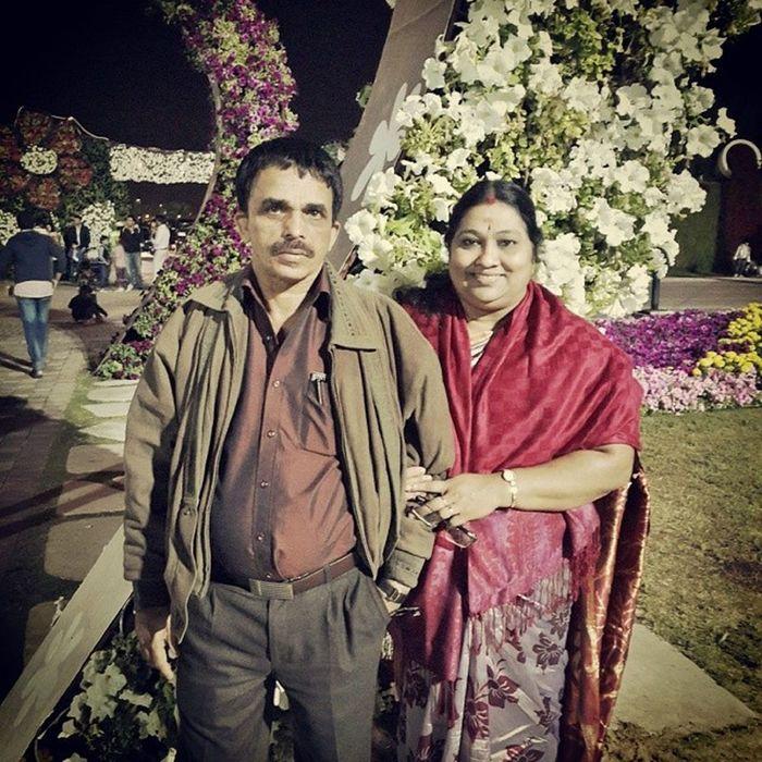 Dad Mom Family MiracleGarden Dubai UAE Flowers Garden