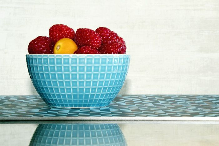 Bowl Of Fruit Reflection Ready-to-eat Fruit Red Food Raspberry Healthy Eating Sweet Food Food And Drink Red Fruit Red Fruits Lifestyles Eat Bowl No People White Background Freshness Day Still Life Kitchen Fruit Bowl Close-up Breakfast Eating Healthy Visual Feast Studio Shot Indoors  Food Stories