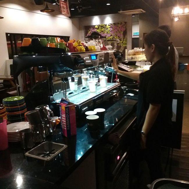 Finally! A Coffee joint in Tamanmelawati Kualalumpur Iamalexchan espressolab malaysia