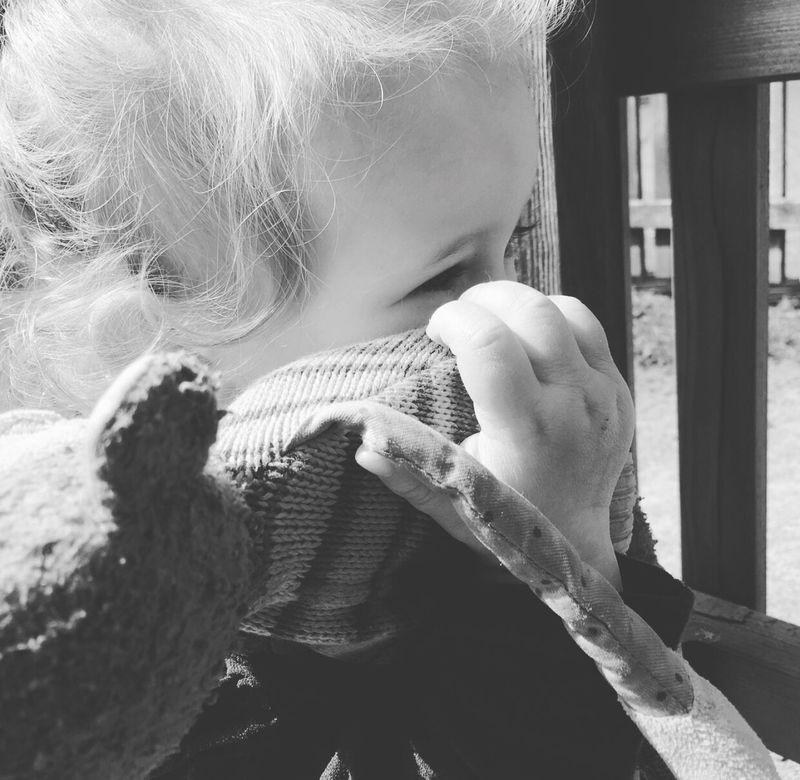 Du und Sam ❤️ Beste Freunde Für's Leben Summer Sommertime Fotograf MyLove❤ Familie Photography Fotografie First Eyeem Photo Mamasgirl Beautiful Daughter Family❤ Cute♡ Daddyslittlegirl Fotography Hello World Nice Day Schwarzweiß Schwarz & Weiß Toller Tag (: Ewigeliebe Pretty Beauty
