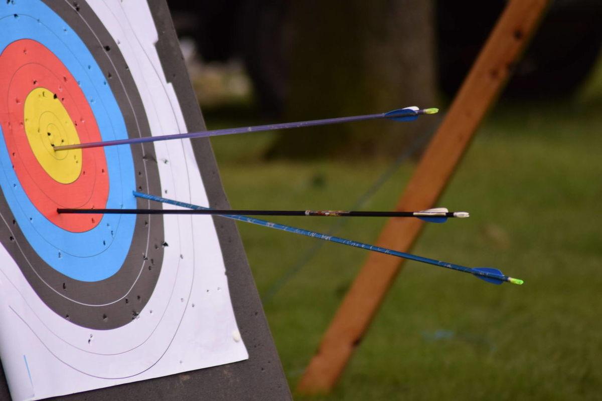 Bullseye Archery Bows Taking Photos Archery Archery Target
