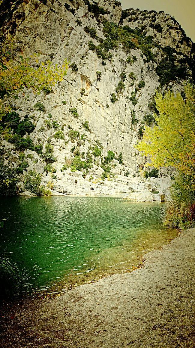 Riviere River Tautavel Gorges Verdouble Galets Plage Falaises