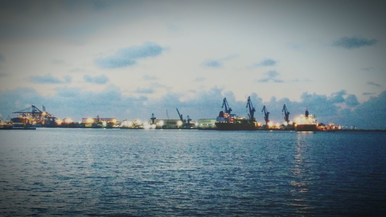 Veracruz Harbor... Harbor Scenics Shipping  Commercial Dock Freedom Veracruz, México Huaweig7 Taking Photos Majestic Sky And Clouds TheBIGpicture