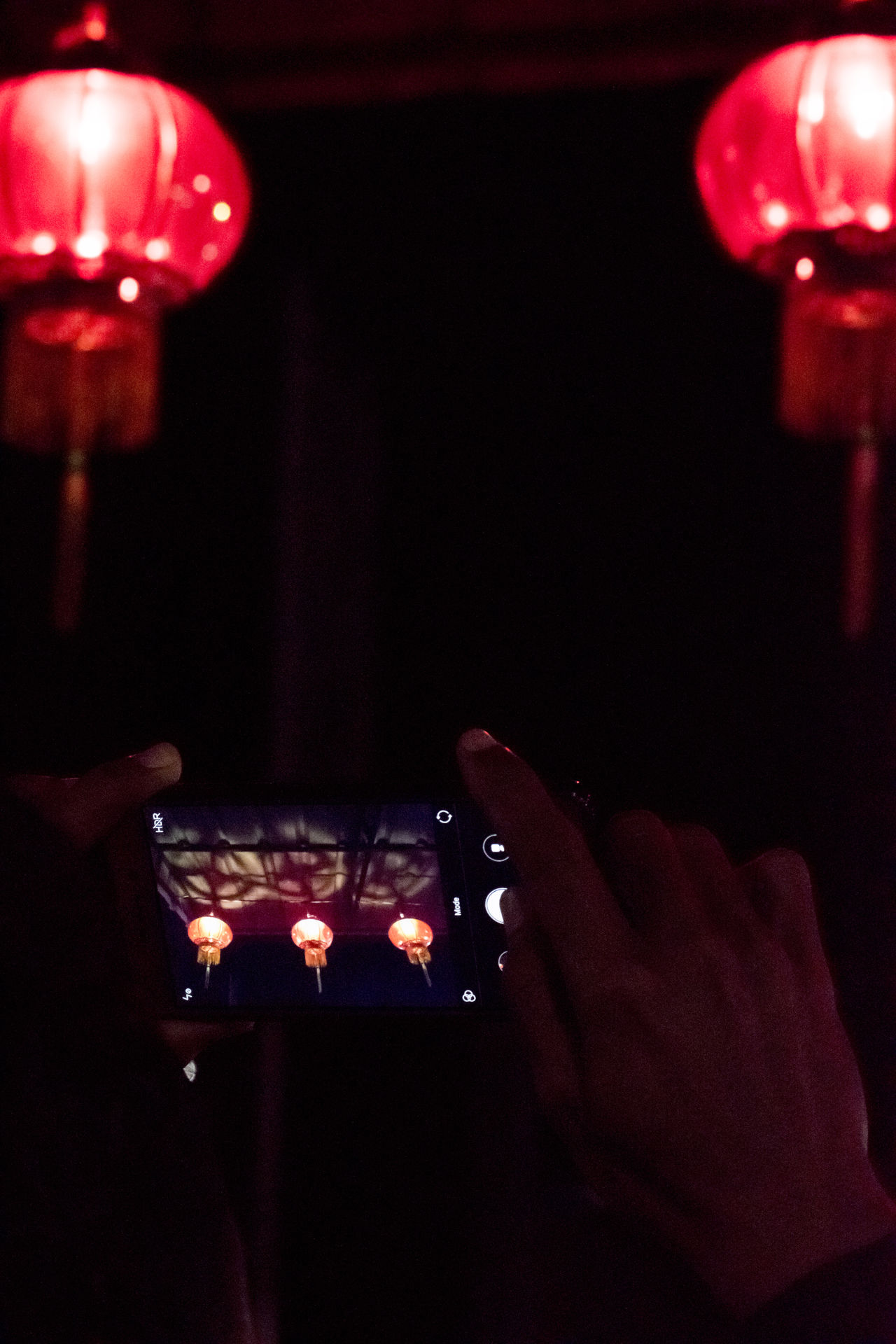 Night Red Close-up Streetphotography Nightlife Nightshot Night Lights Nightphotography Check This Out Chinese Lantern Festival Chinese Lantern Cultures Lantern Hanging Cityscape Night Photography Take Photos