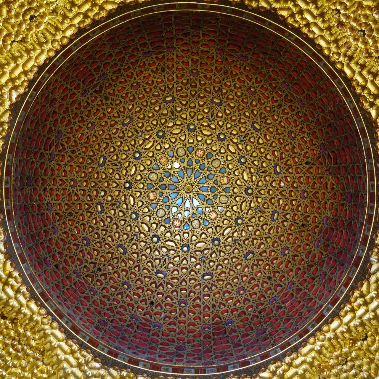 Pattern Design Gold Colored Architecture Moorish Design EyeEmNewHere España🇪🇸 SPAIN Moorish Architecture Moorish Dome Seville Sevilla Alcazar No People Travel Ceiling Ceiling Design Geometric Gold The Architect - 2017 EyeEm Awards